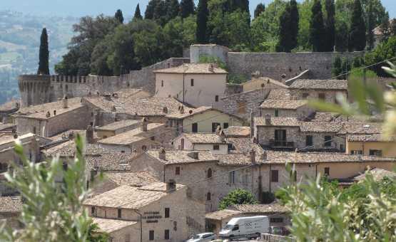 Assisium – Itinerari nei dintorni di Assisi: Rivotorto, Spello, Cannara e Bevagna